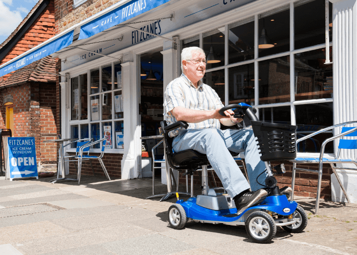 Top 5 tips on choosing a small boot scooter